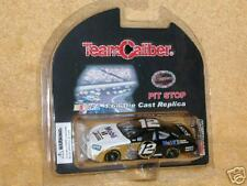 Team Caliber - Ryan Newman MOBIL 1 - 2005 Charger - 1/64