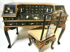 Oriental Desk furniture black lacquer with figurine decoration with chair