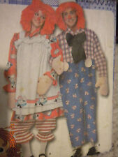 SIMPLICITY RAGGEDY ANN & ANDY ADULT SEWING PATTERN