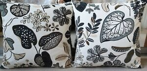 2 x NEW Decorative Floral Cushions 50 x 50cm/ Velvet/ Feather filled/ IKEA SYSSA