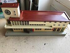 train marklin gare en tole 418 bel état annes 40 .50  jouet ancien