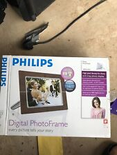 """Boxed Philips 10FF2CWO 10.2"""" Wooden Digital LCD Picture Photo Frame"""