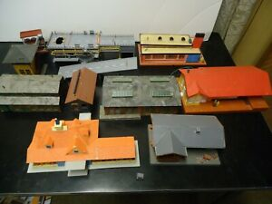 Vintage group of Buildings for your HO layout Howard Johnsons + many more