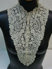 Exquisite Antique Lace Collar Hand Made Duchesse Lace c.1800's to Early 1900