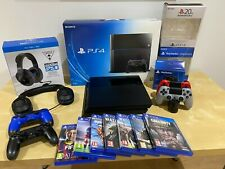 Sony Playstation 4 jet black 500 Go Bundle Inc. Casque, 7 jeux et 4 manettes