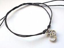 Pulsera de cadena Corbata karmastring Negro y Plateado Color sobre Aum YOGA Hindú India