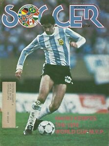August 1978 Soccer Monthly Magazine - Mario Kempes Argentina World Cup