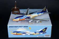 Singapore Airlines 747-400 Tropical Reg: 9V-SPK JC Wings 1:200 Diecast BBOX2523