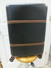 "AmazonBasics Vienna Spinner Suitcase Luggage - Expandable with Wheels - 26.7"""