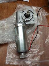 Bernio Gear Motor 24v dc mvsf 742 26 1/70 reversible right angled