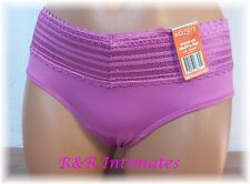 Warner's No Pinching No Problems Silky Fuscia Lace Waist Hipster, 5609J, Size M