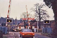 PHOTO  MIDGHAM LEVEL CROSSING 1980'S