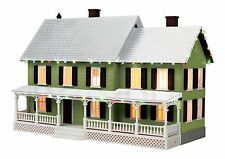 MTH 30-90520, O Gauge, #4 Country House w/Operating Christmas Lights - Green