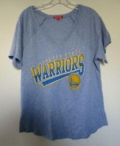 Mitchell & Ness Womens MEDIUM Golden State Warriors T-shirt Lt Blue V-neck