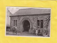GOOD  LUCK   SMITHY        ,   ANTRIM     -   Northern   IRELAND  ( MA 76 )