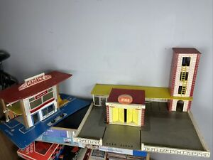 """Vintage Rare Playcraft Fire Station N190 23.5x17.5"""" Boxed + Garage With Lift"""