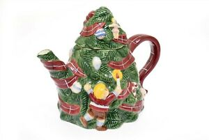 Macy's The Cellar O'Tannenbaum Christmas Tree Teapot