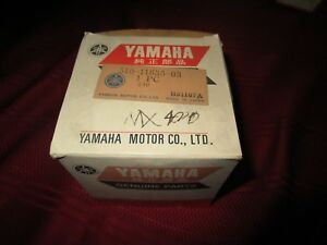 Yamaha MX 400 piston new 510 11635 03