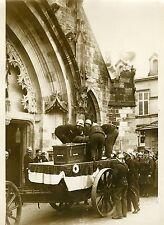 """""""Pompiers aux obsèques de Mr MAGINOT 1932"""" Photo originale G. DEVRED (Agce ROL)"""
