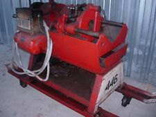 TOLEDO  1-2-4 PIPE THREADER ON WHEELS (USED)