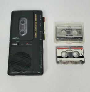 Vintage Sanyo Microcassette Recorder Model M5497 w/ 3 Tapes, Tested, Working