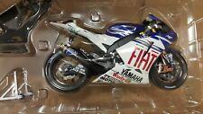 Colin Edwards. Yamaha YZR-M1. MotoGP 2007.  Minichamps 1/12.