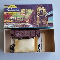 Vintage ATHEARN #5423 HO SCALE Lehigh Valley 34' HOPPER Freight CAR-CS 14002 Kit