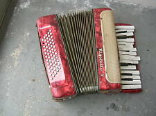 wreck broken old accordion Akkordeon Ziehharmonika Rigoletto fisarmonica 手風�