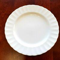 MIKASA MAXIMA YARDLEY SALAD PLATE 8 1/4 INCH ROUND JAPAN CAJ08 WHITE PLATE