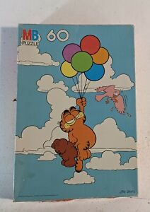 1978 Garfield Puzzle 60 Pieces Milton Bradley Balloons Teddy Bear 041321