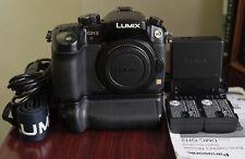 Black Panasonic LUMIX DMC-GH3 16MP Digital Camera Body, Battery Grip- Excellent!