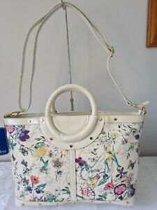Vershe* Gorgeous Milleni handbag, cross body, cream floral with butterflies, NWT