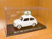 SEAT 600 FIAT AUTOESCUELA DRIVING SCHOOL 1957 1:43 MINT
