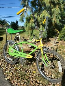 AMF ROADMASTER Aero bee 3 speed GREEN muscle bike Fast one GLITTER yellow RARE