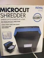 USED Royal 805MC 8-Sheet Microcut Shredder, Missing Wheels (A)