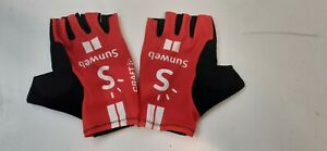 Team Sunweb Craft Summer Cycling Gloves, Red, Small.