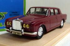 Eligor 1/43 Scale 1047 Rolls Royce Silver Shadow 1975 Red diecast model car