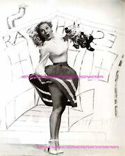 ACTRESS ADELE JERGENS UPSKIRT SURPRISE 2 LEGGY PHOTO A-AJ2