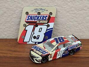 2018 #18 Kyle Busch Snickers Almond 1/64 NASCAR Diecast Loose