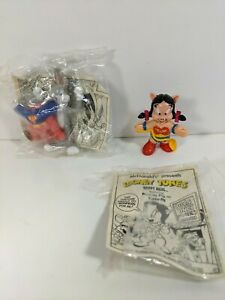 McDonald's Happy Meal Looney Tunes Toys - Super Bugs Bunny & Wonder Petunia Pig
