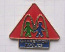 M / CHARENTON ECOLS / PARIS / FRANKRECIH   .............Mc DONALD`s -Pin (141c)
