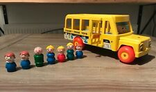 Vintage ~ Fisher Price Little People ~  School Bus 192 1965 Pull Toy 7 Figures