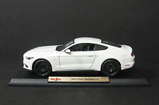 2015 Ford Mustang GT Diecast Model Car - White Maisto Special Edition 1:18 Scale