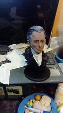 Hammer Horror Peter Cushing busto de modelo de resina