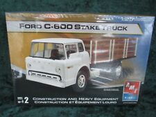Amt Ertl 1/25 Ford C-600 Stake Truck Sealed