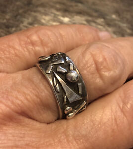 VTG Abstract Artisan Made Sterling Silver Band Ring, Unisex, Very Nice Design