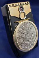 Vintage Realtone AM 8 Transistor Radio Working Leather Case