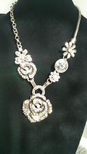 Fashion Silver Plated Crystal Rhinestone Metal Rose Pendant Necklace