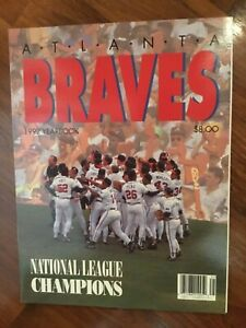 Atlanta Braves 1992 Yearbook in near mint+ condition