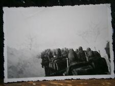 Photo argentique guerre 39 45 soldat Allemand wehrmacht WWII 2 marche dans neige